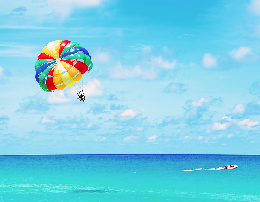 Parasailing in Cancun Mexico