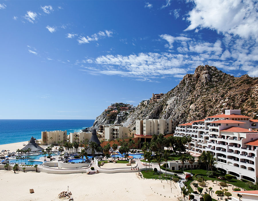 Resorts in Cabo on the beach