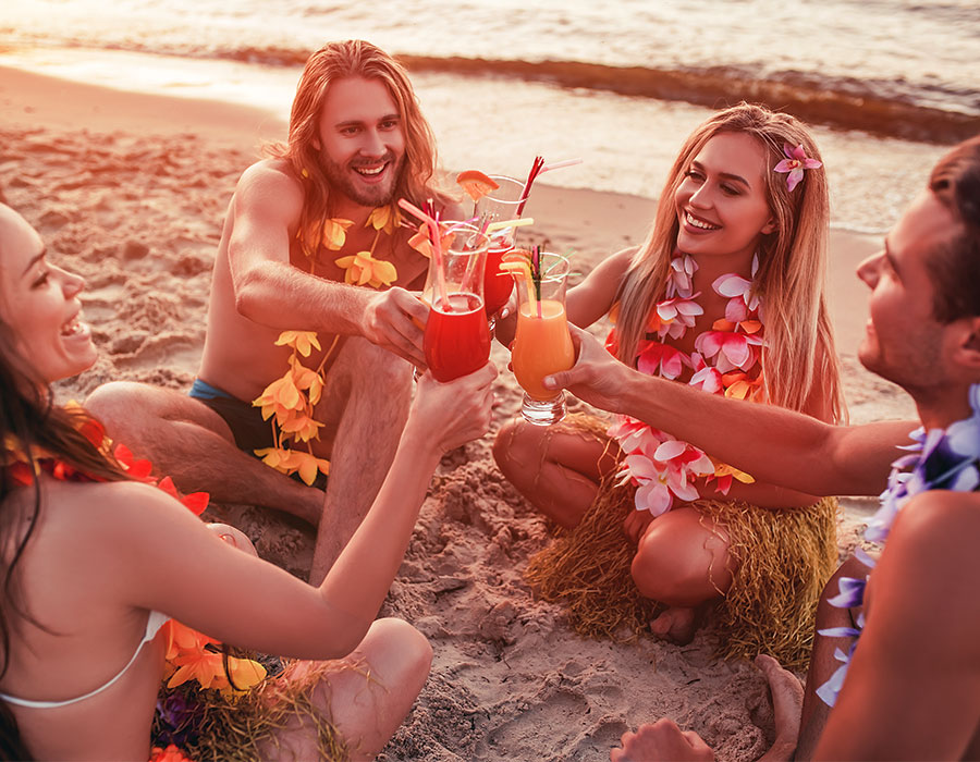 All-inclusive packages with cocktails on the beach on the Big Island of Hawaii