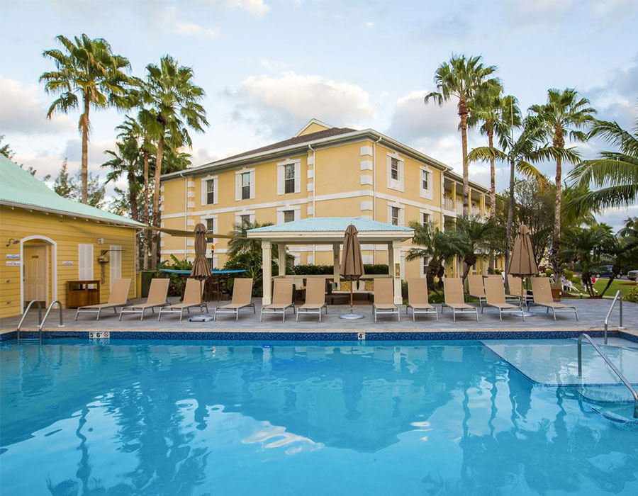 Grand Cayman resorts - Sunshine Suites Resort