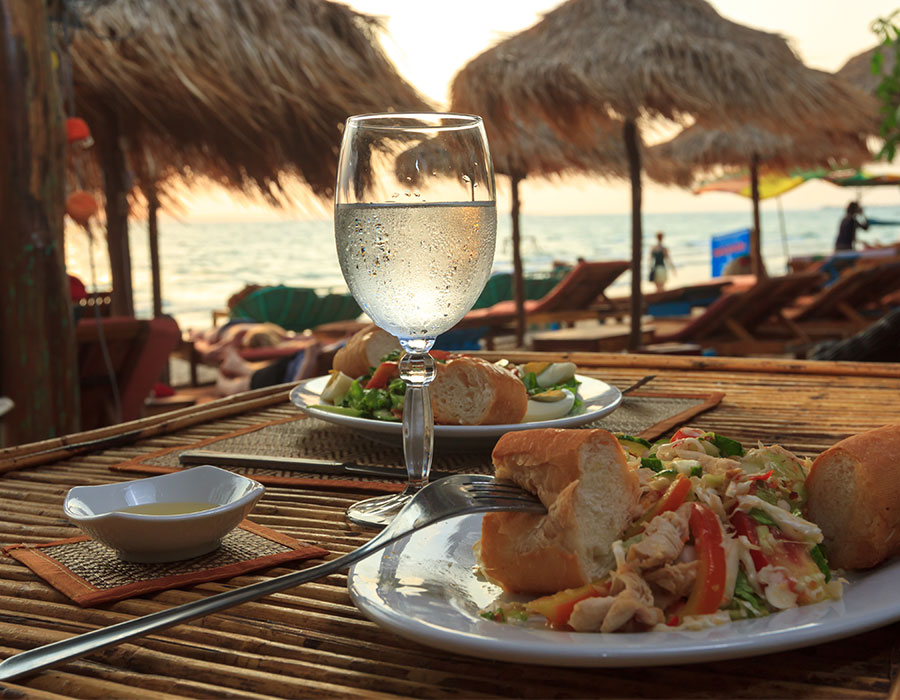 Food included at resorts in St. Thomas